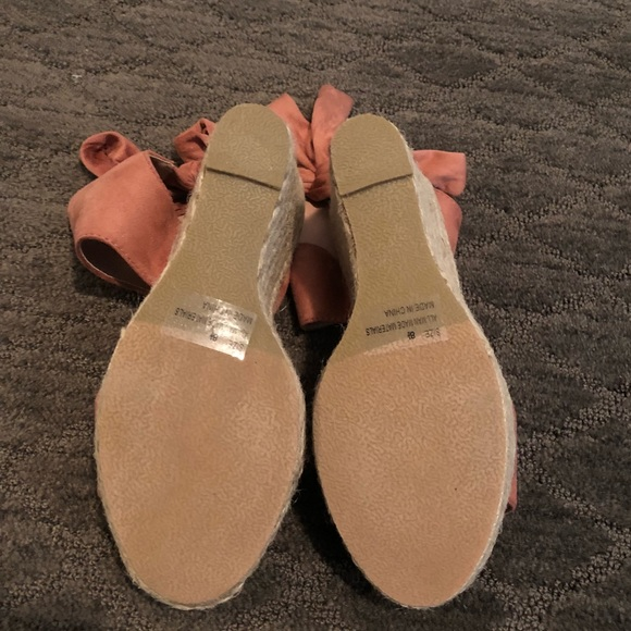8e49734524a Qupid Boston Bow-Back Wedge Espadrille Sandal Pink